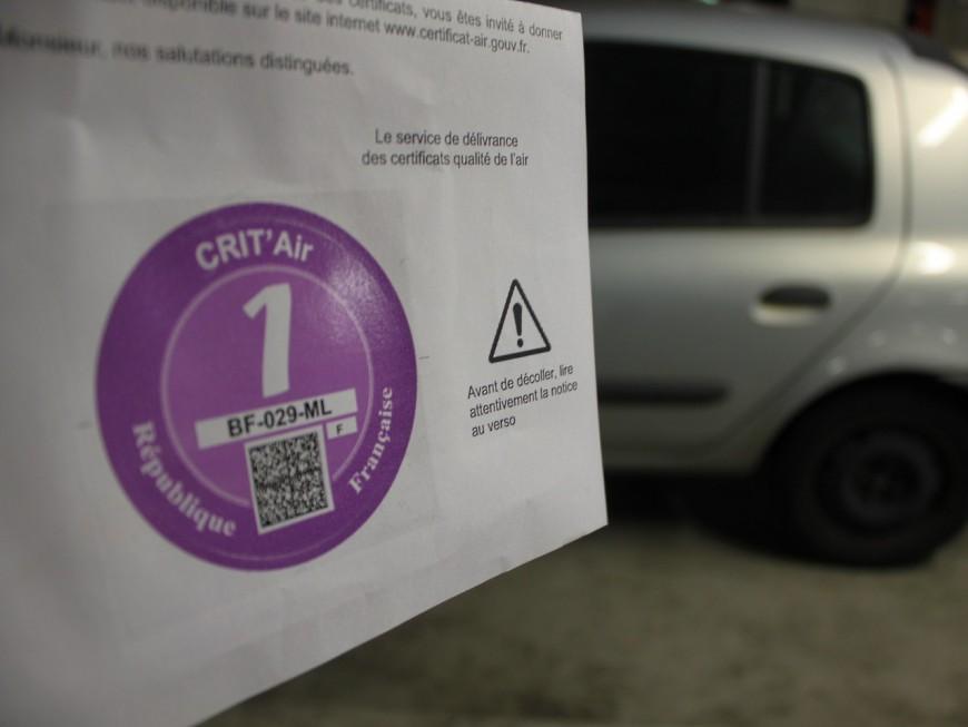 La vignette Crit'Air désormais obligatoire en cas de pic de pollution à Lyon