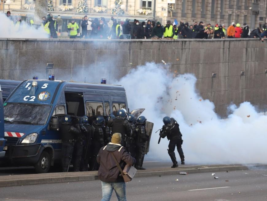 Acte X des gilets jaunes à Lyon : de plus en plus de policiers blessés