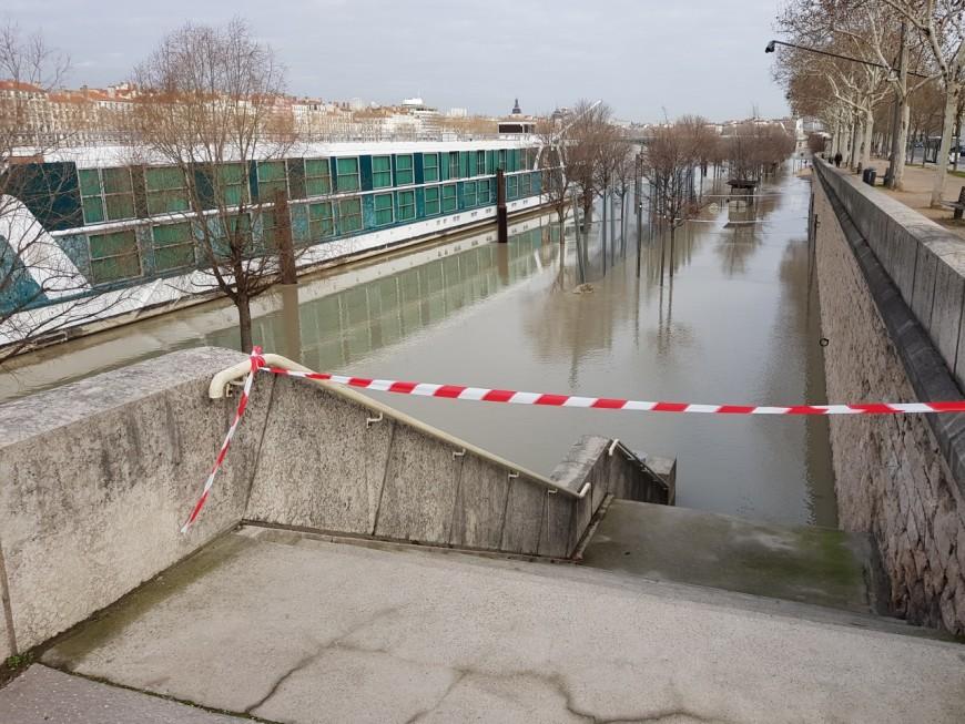 """Le Rhône toujours en alerte orange """"inondations et crues"""""""