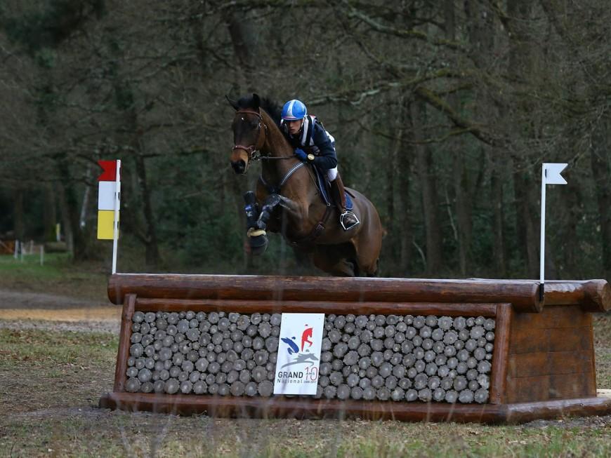 Le cavalier lyonnais Maxime Debost se tue en Loire-Atlantique