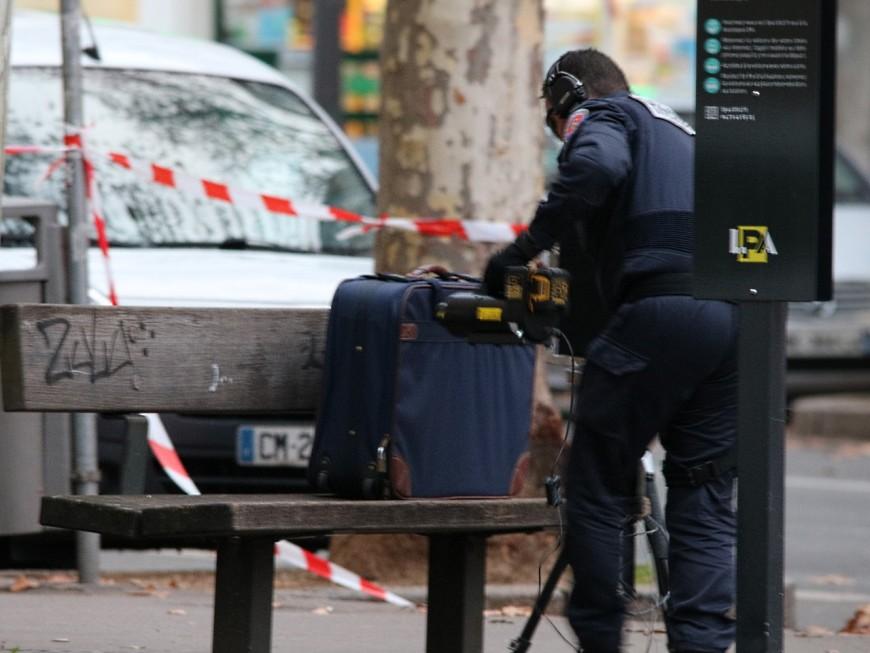 Lyon : les démineurs font exploser une valise suspecte sur le cours Gambetta