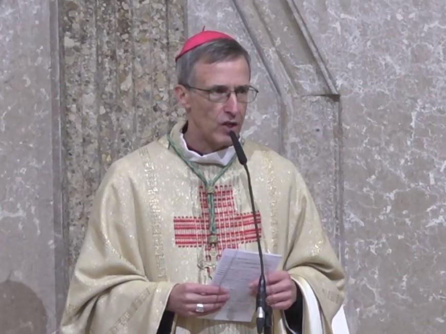 Lyon : le nouvel archevêque du diocèse a officiellement pris ses fonctions devant 300 personnes