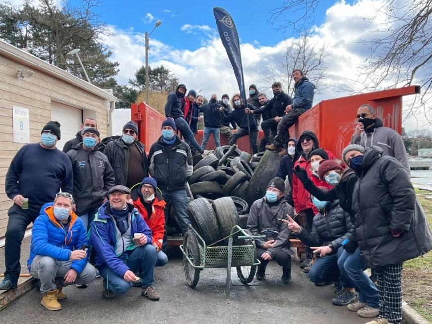 Près de Lyon : plus de 200 pneus remontés du bassin du Grand Large !