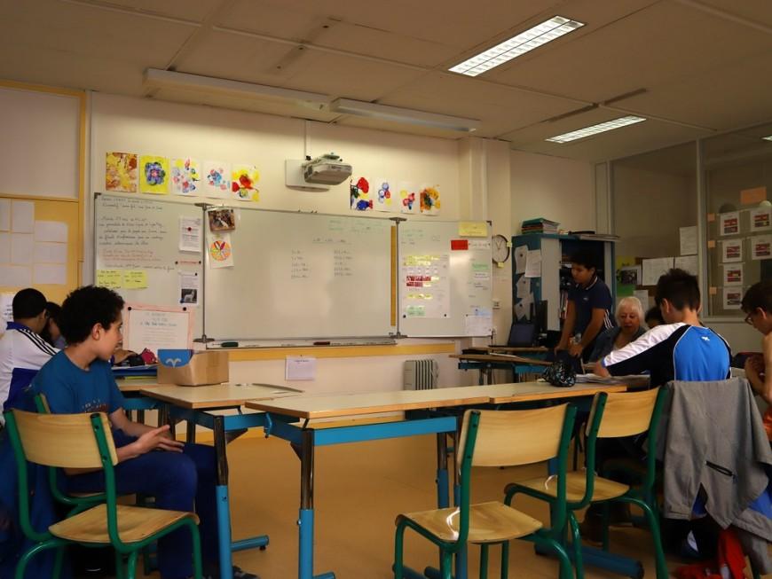 Des classes en demi-journée pour la réouverture des collèges de la Métropole