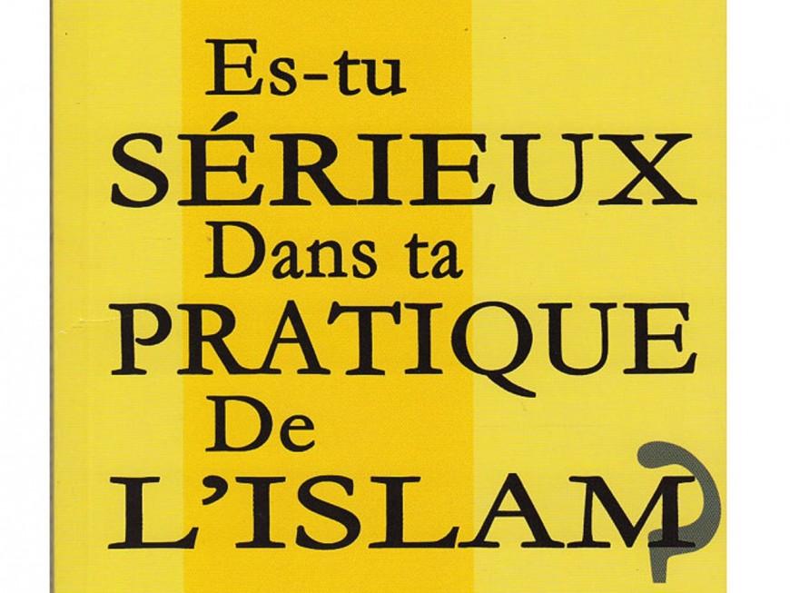 Près de Lyon: l'élève de CM1 vient à l'école avec un livre salafiste