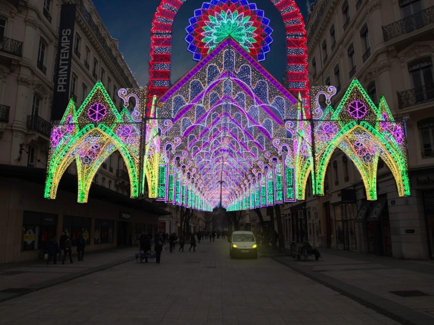 Les radios nationales s'installent à Lyon pour la Fête des Lumières