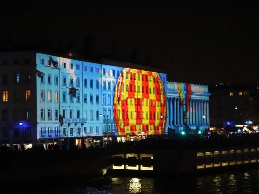 Lyon : ils ont manifesté contre la Fête des Lumières