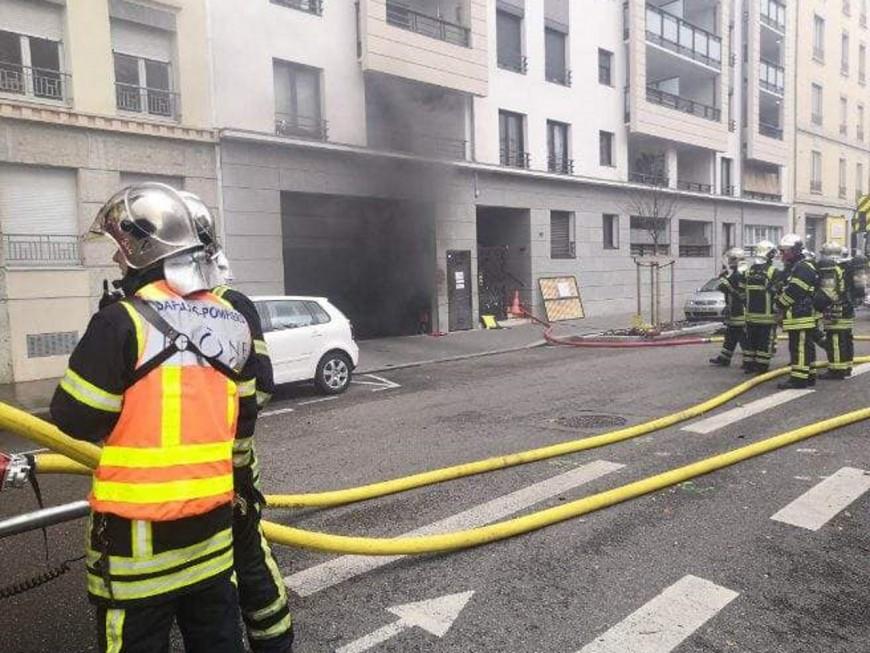 Lyon : un incendie dans un parking souterrain ce mardi matin