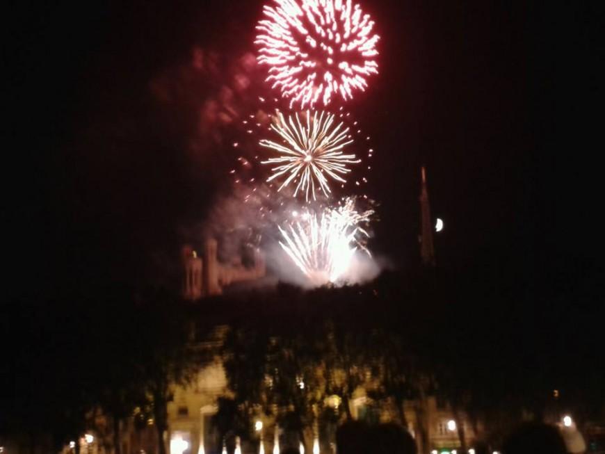 14 juillet : des dizaines de milliers de personnes ont regardé Fourvière s'embraser