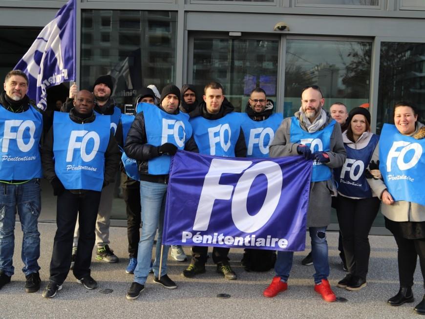 Les surveillants pénitentiaires de nouveau mobilisés ce mardi matin à Lyon