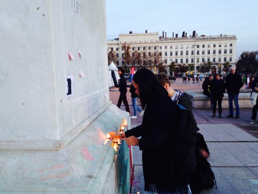 Attentats de Paris : un rassemblement spontané à Lyon ce samedi