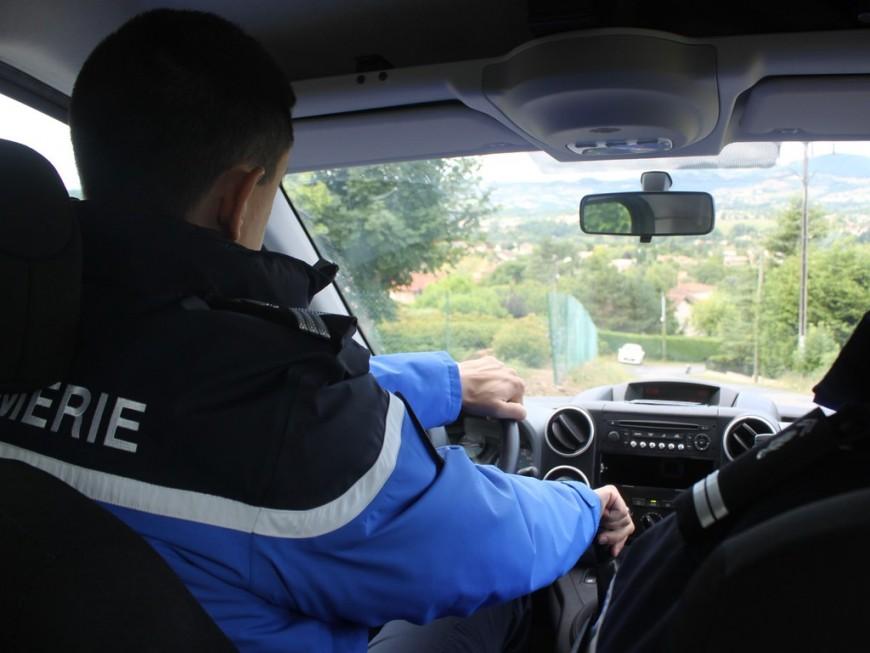 Pompiers caillassés à Corbas: un homme interpellé