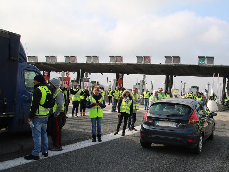 Gilets jaunes : tous les points de blocage évacués ce mercredi