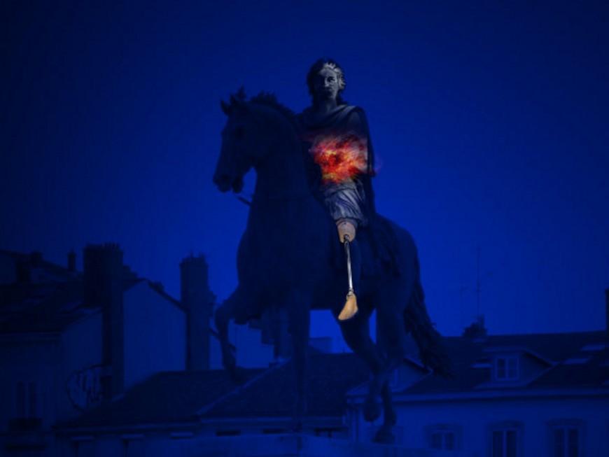 Lyon : Louis XIV mutilé place Bellecour pour les six ans du conflit en Syrie