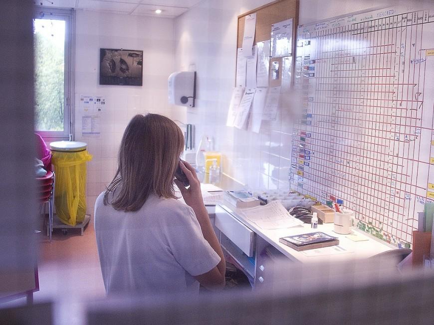 Coronavirus : le plan blanc déclenché dans les hôpitaux, le bilan passe à 10 morts