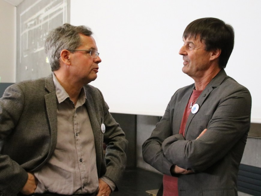 """""""Construire un monde solidaire"""" : Nicolas Hulot fait salle comble à Lyon 3"""