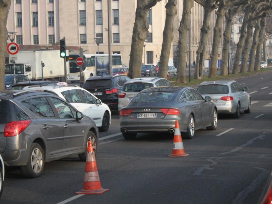 Circulation alternée : les locations de voitures à plaques impaires explosent