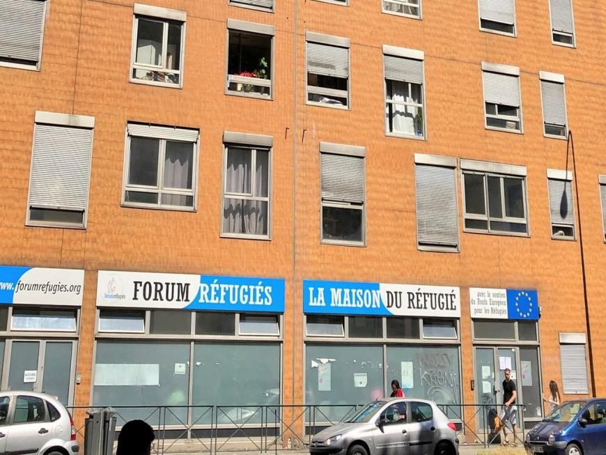 Lyon : un individu a fracassé la porte des locaux de Forum Réfugiés