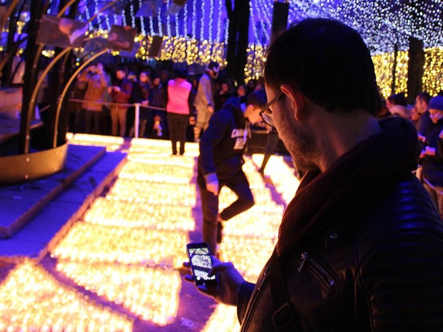 Grâce à votre téléphone, Collomb sait enfin combien de visiteurs ont participé à la Fête des Lumières