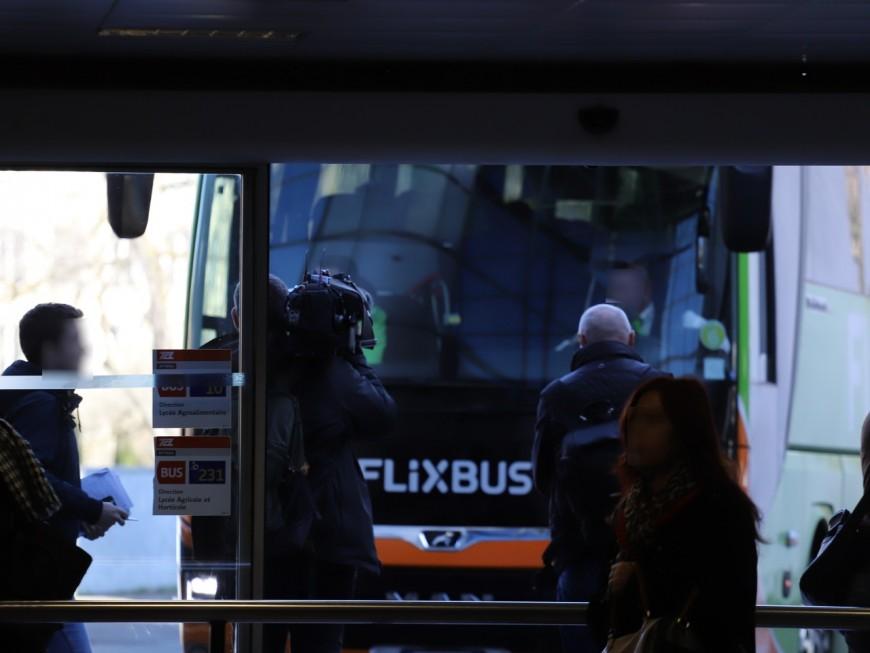 Car confiné à Lyon-Perrache : le chauffeur n'était pas contaminé par le coronavirus