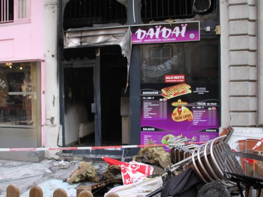 Lyon 7e: 21 personnes évacuées après un incendie dans un kebab