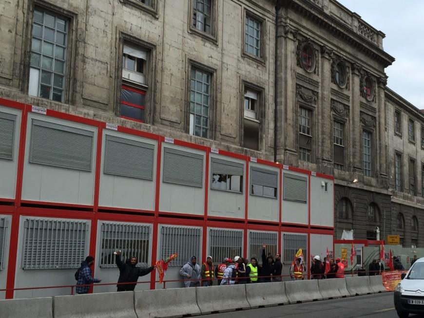 Le chantier de l'Hôtel-Dieu bloqué par une grève des ouvriers