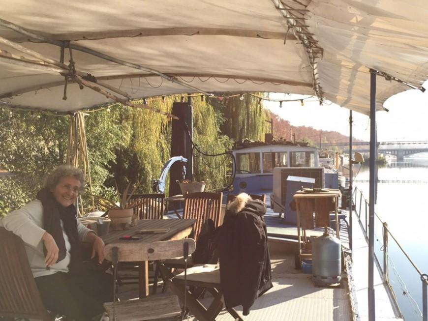 Les habitants des péniches des berges du Rhône obligés de déménager ?