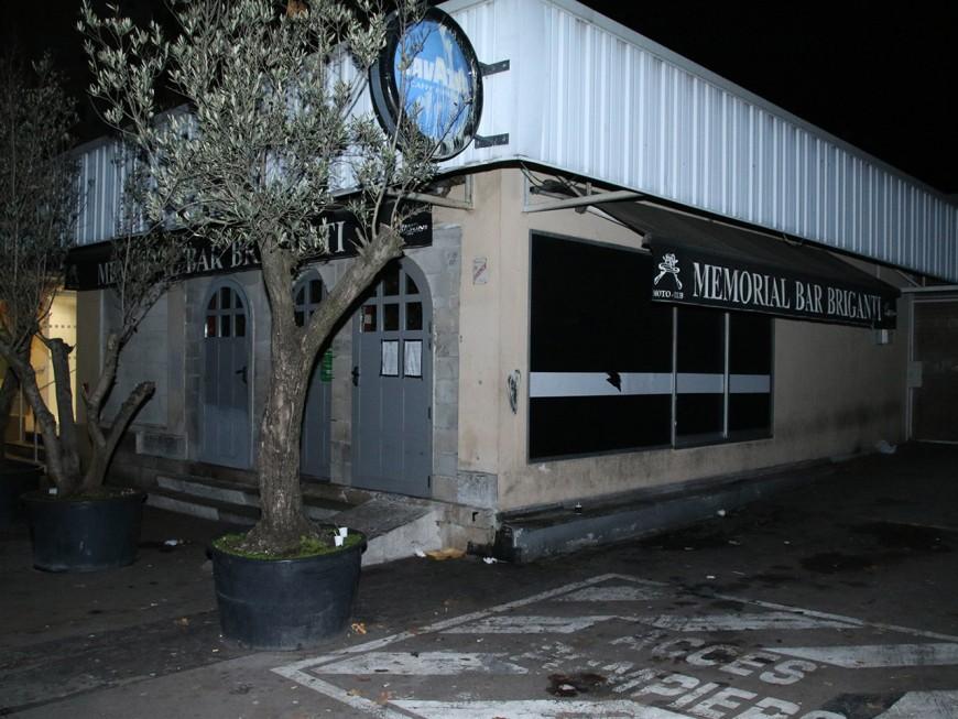 Des munitions et des armes saisies dans un bar à Villeurbanne, l'établissement fermé