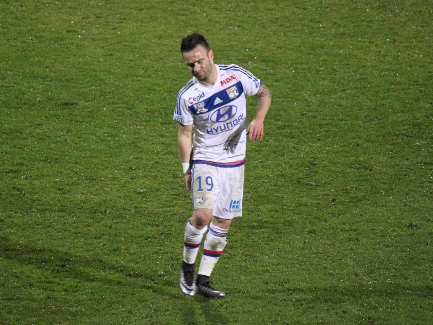 Valbuena blessé lors du match OL-Angers