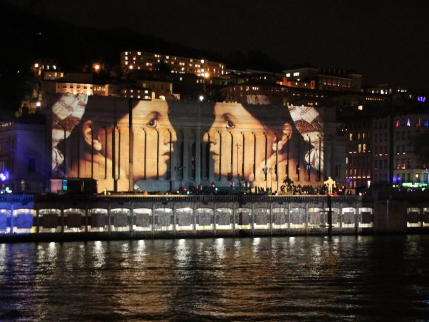 8 décembre : Lyon s'illumine et rend hommage