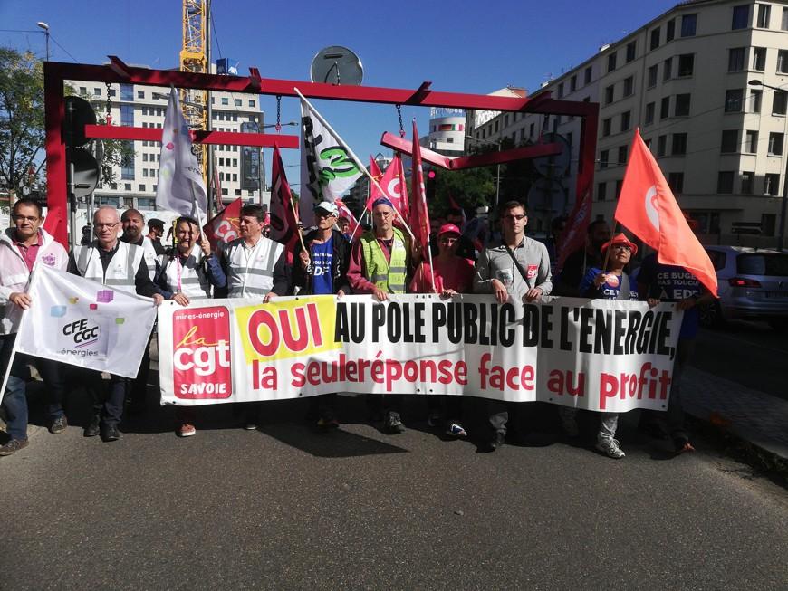 Lyon : un millier d'agents EDF défilent contre le projet Hercule