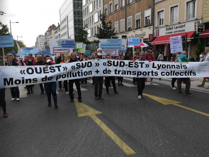 Transports : habitants du sud et de l'ouest, ils défilent à Lyon pour ne pas être oubliés