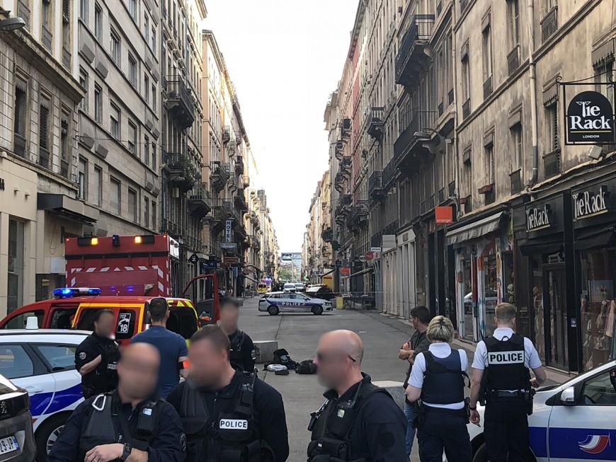 Lyon : un attentat rue Victor-Hugo, une dizaine de blessés et un suspect recherché