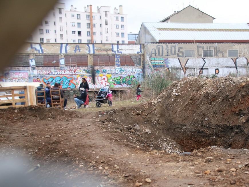 Un camp de roms s'installe illégalement dans le 7e arrondissement de Lyon