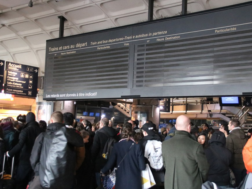 Panne électrique : le trafic paralysé plus d'une heure à la gare de la Part-Dieu à Lyon (Màj)