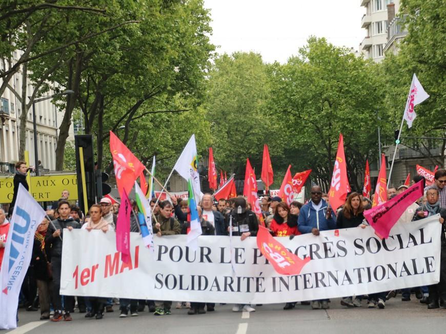Lyon : un défilé du 1er mai très suivi, et très politisé