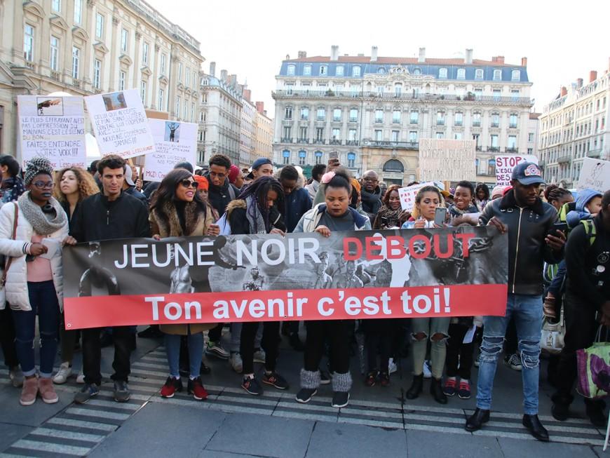 """Lyon : 450 personnes rassemblées pour dire """"plus jamais"""" à l'esclavage"""