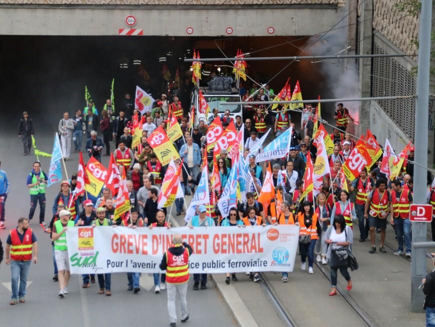 Lyon : 300 cheminots dans la rue, et la promesse d'une visite à Pierre Gattaz