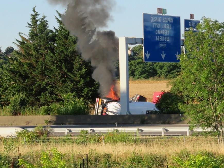L'A43 a pu rouvrir après l'accident d'un camion-citerne (Màj)
