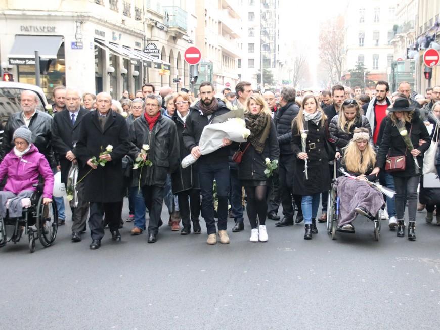 Lyon : 600 personnes pour un adieu à Anne-Laure et aux accidents du cours Vitton