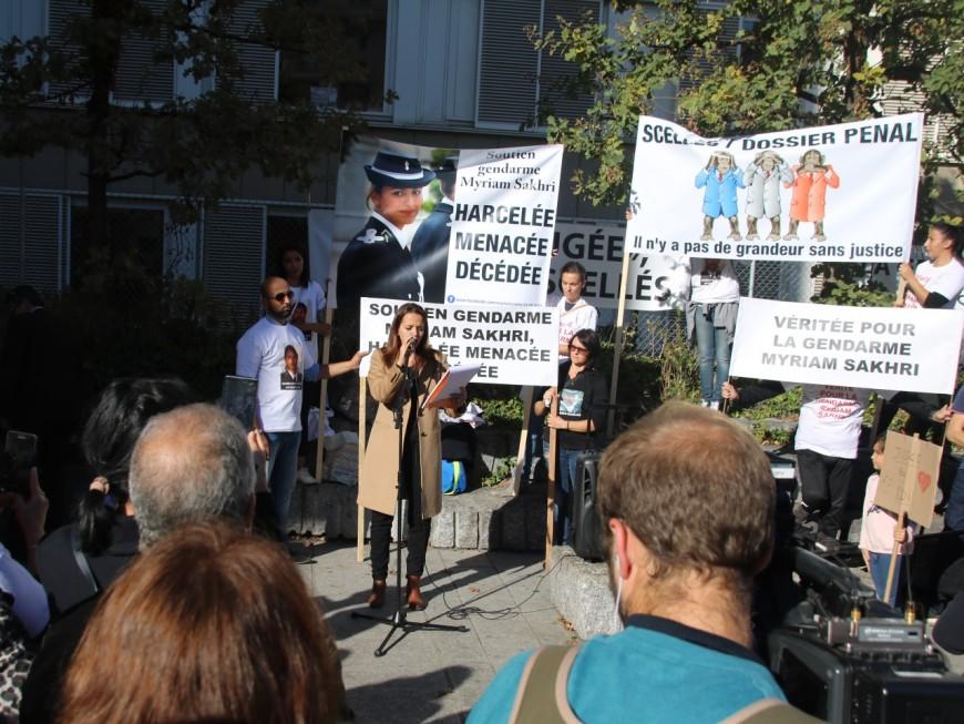"""Mort de la gendarme Myriam Sakhri : """"l'omerta"""" dénoncée par ses proches"""