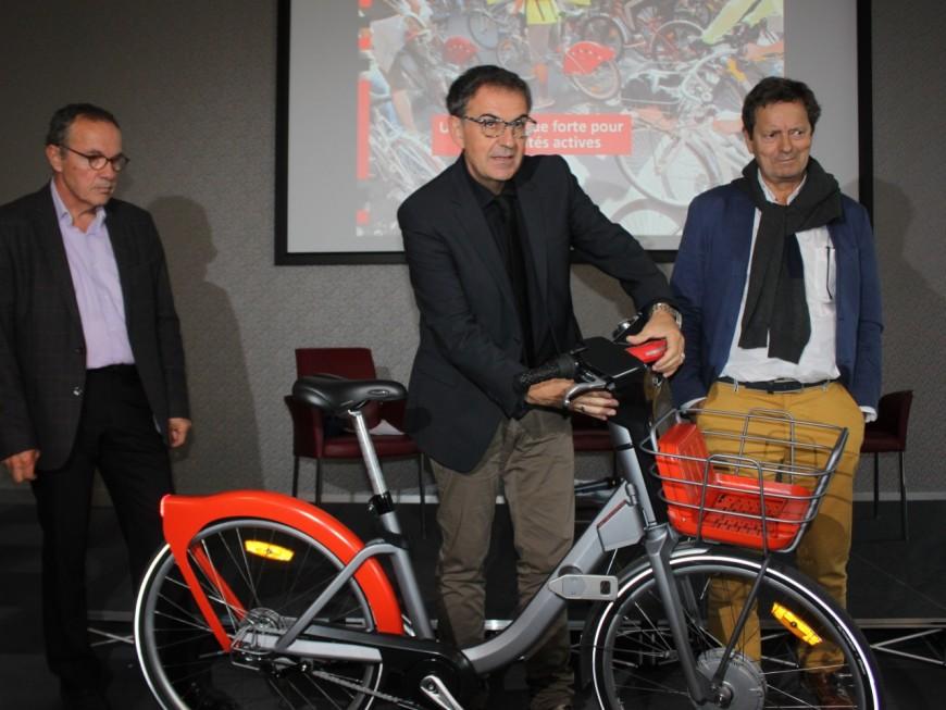 Nouveau Vélo'V contre nouveau Vélib' : Lyon à la ramasse par rapport à Paris ?