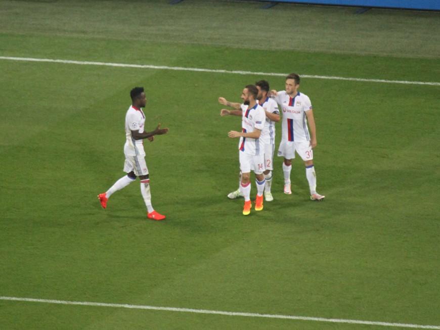 Ligue des Champions : l'OL reprend confiance face à Zagreb (3-0) - VIDEO