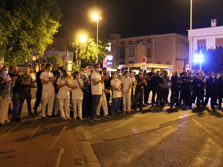 Lyon : les policiers en colère rejoints par le personnel de santé cette nuit