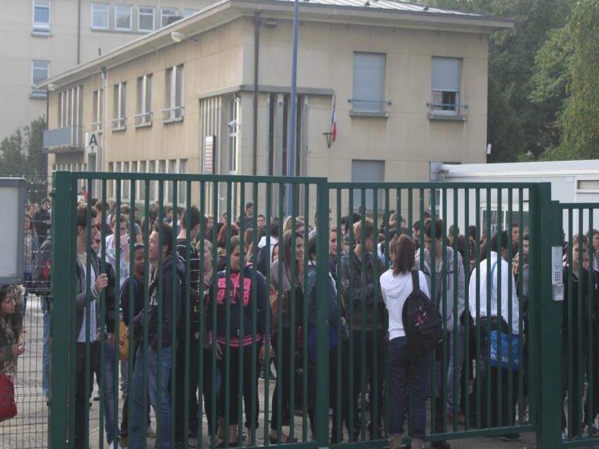 Prof agressé à Lyon : émotion palpable au lycée la Martinière