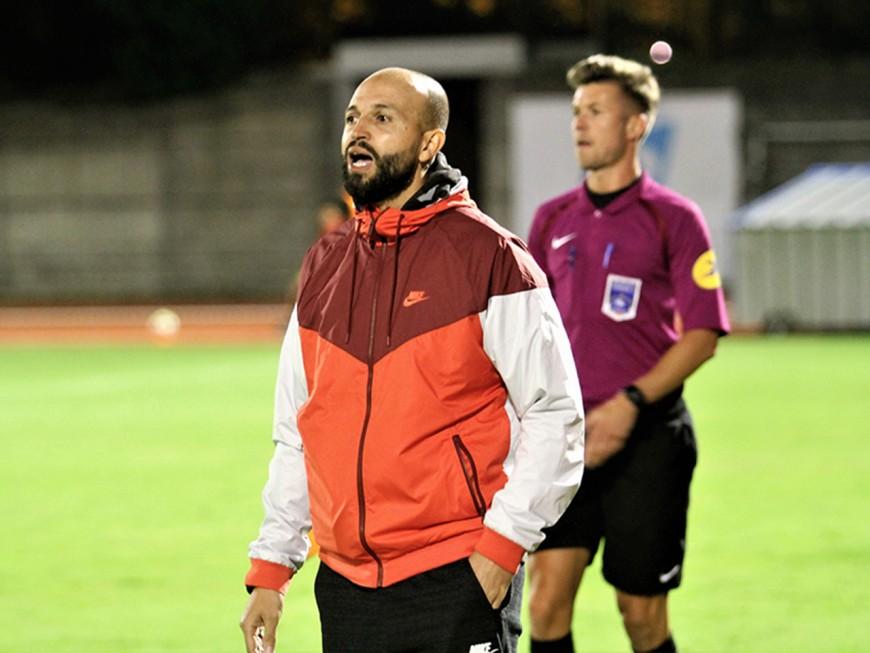 AS Duchère : l'entraîneur se plaint du manque de supporters