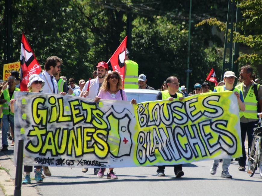 Acte XXIX à Lyon : le  cortège a mêlé Gilets Jaunes et Blouses Blanches ce samedi