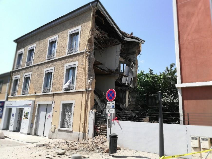 Lyon : un immeuble s'effondre en partie dans le 8e arrondissement