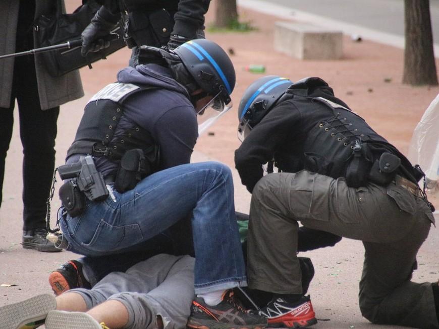 Villeurbanne : ivre, il provoque une course-poursuite avec la police