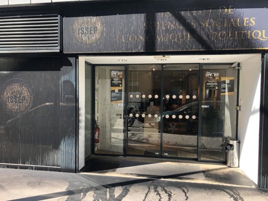 Lyon : l'ISSEP de Marion Maréchal recouvert de peinture noire